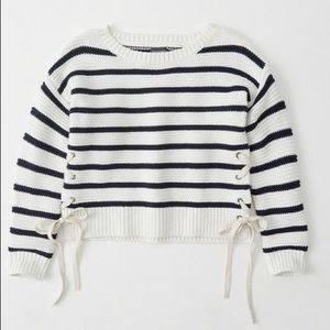 Abercrombie Lace-Up Sweater XS